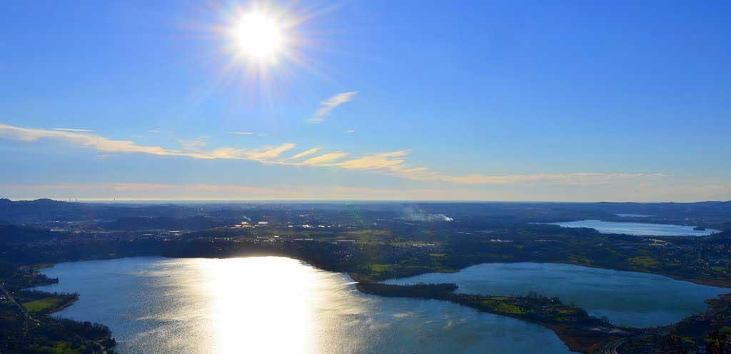 Vista dal monte barro dei laghi della brianza
